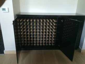 Fitted cabinet 07b