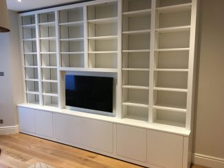 Fitted cabinet 18b