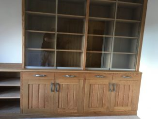 Fitted cabinet 22c