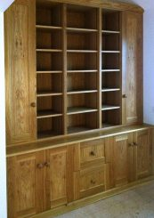 Fitted cabinet 29