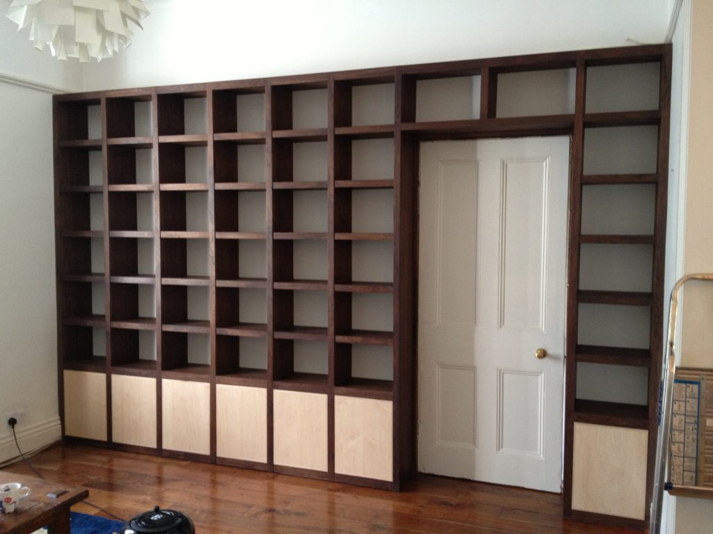 Fitted Cabinet 03b
