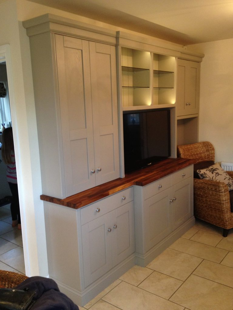 Fitted Cabinet 04a