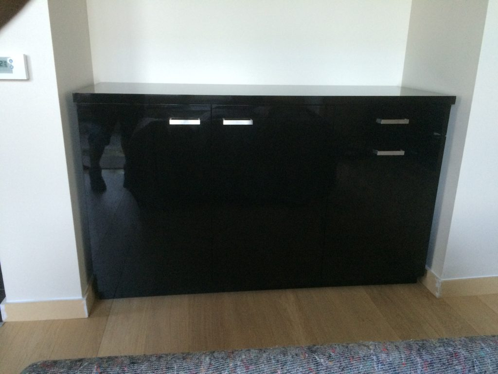 Fitted cabinet 07a