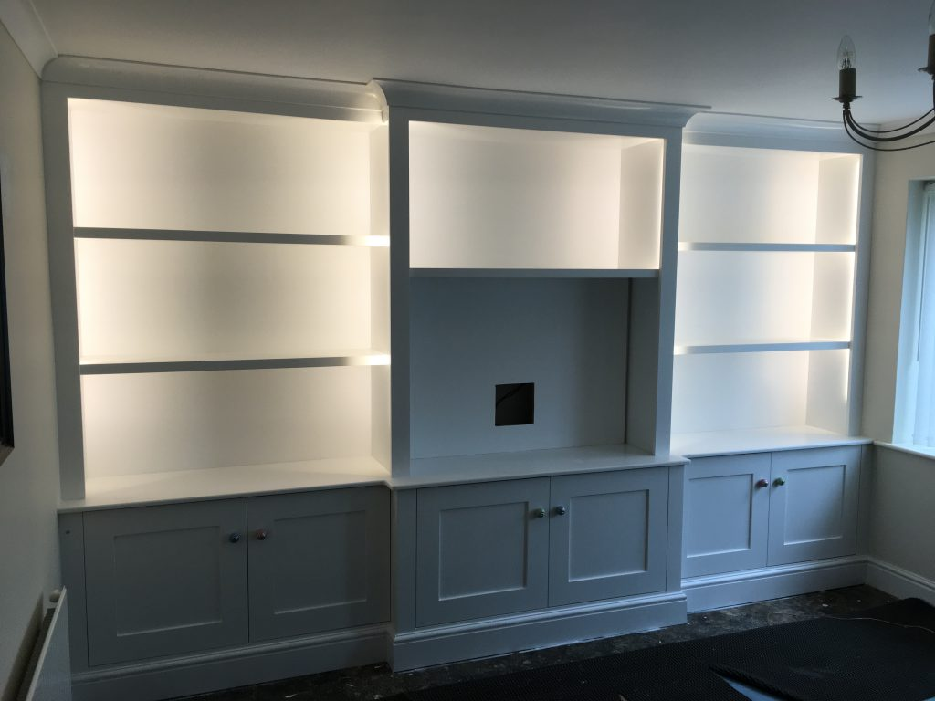 Fitted cabinet 11a