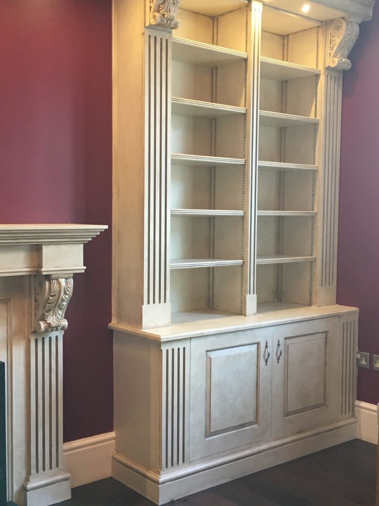Fitted cabinet 14b