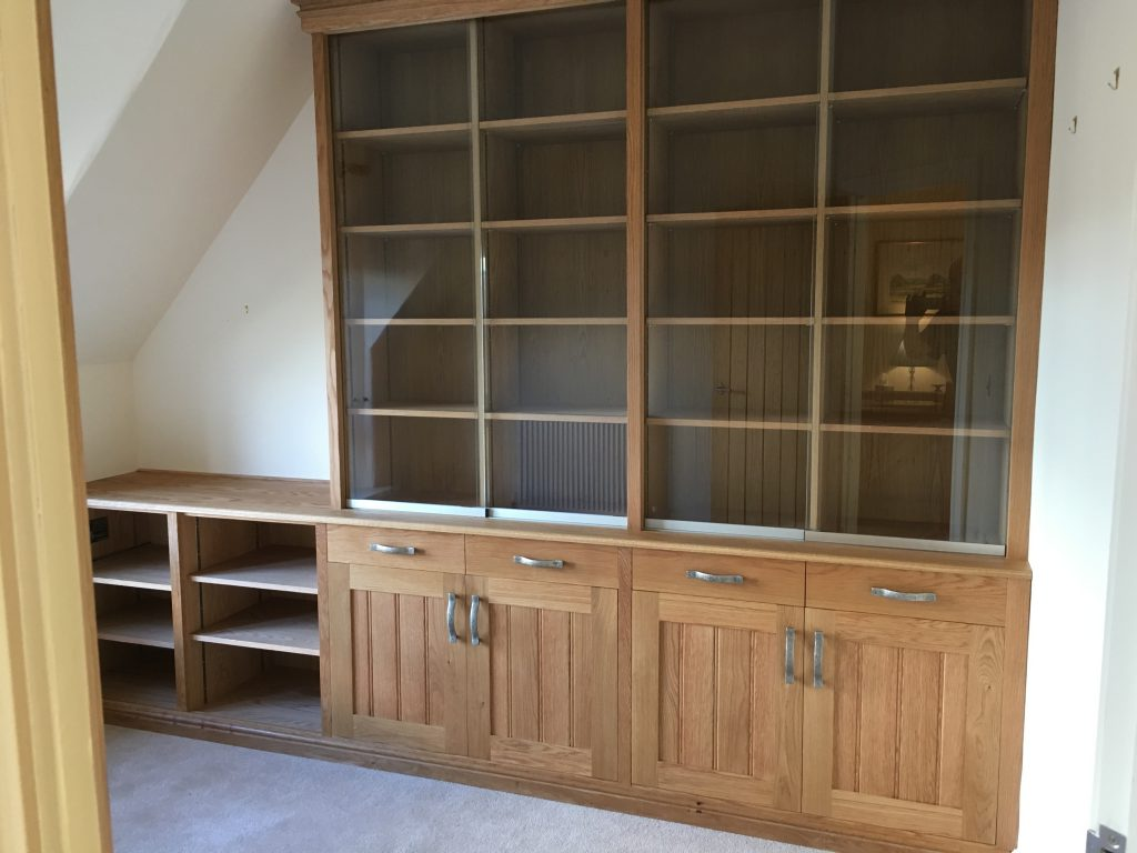 Fitted cabinet 22a