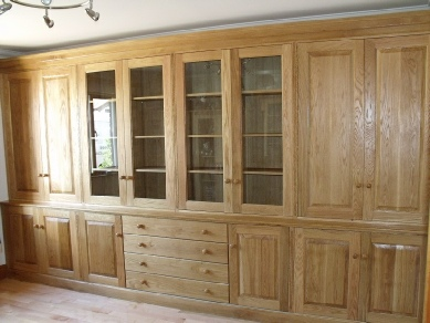 Fitted cabinet 25a