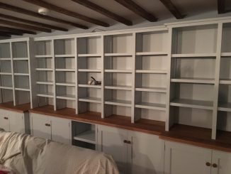 Fitted cabinet 15b