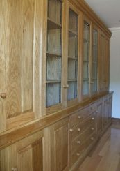 Fitted cabinet 25b