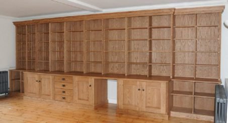 Fitted cabinet 32