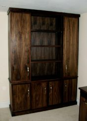 Free standing cabinet 06a